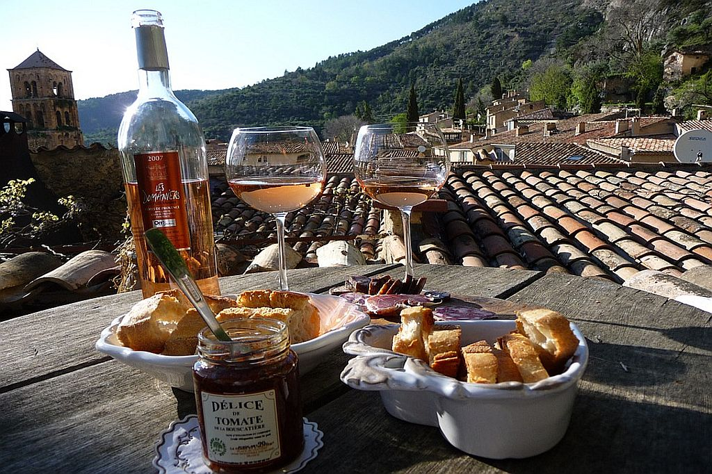 Delicious eating and drinking in Lorgues and Provence