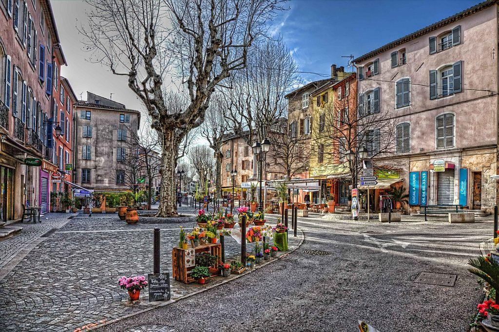 Lorgues nabij Villa la Douce Provence
