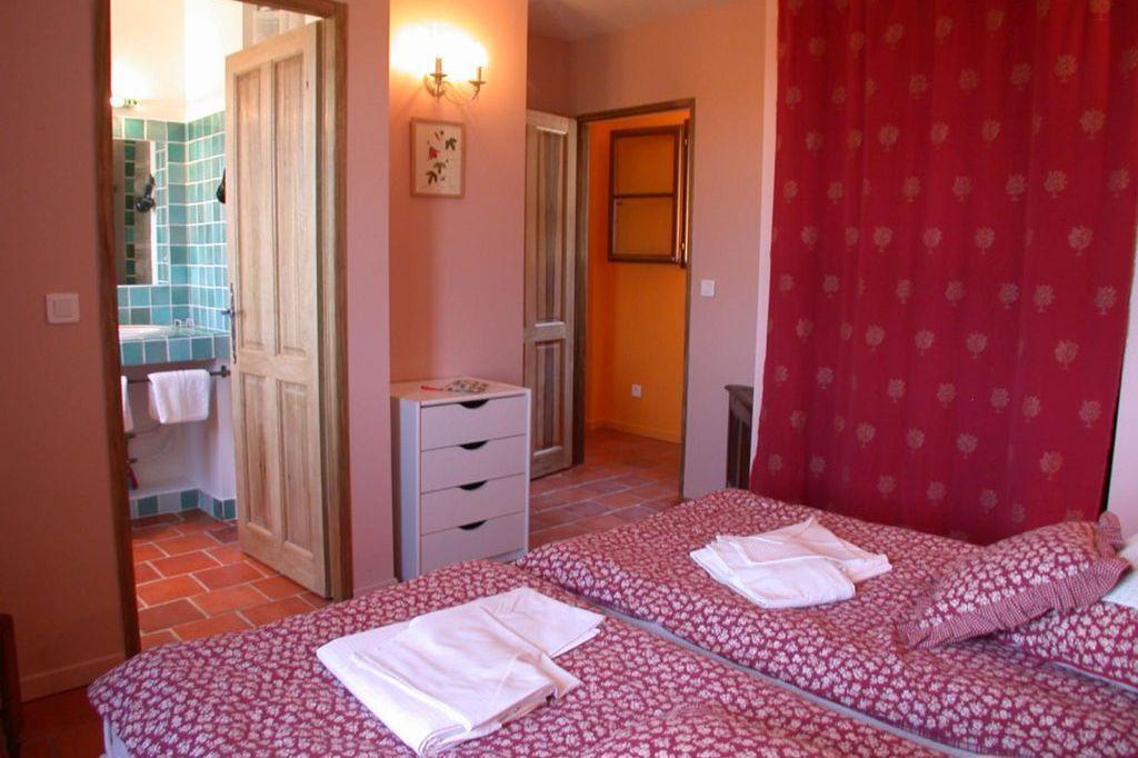 Slaapkamer Rose Villa la Douce Noa Provence