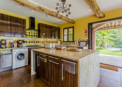 Keuken van Villa La Douce Noa
