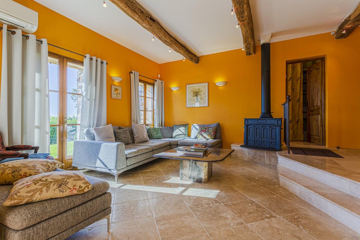Woonkamer van Villa La Douce Noa