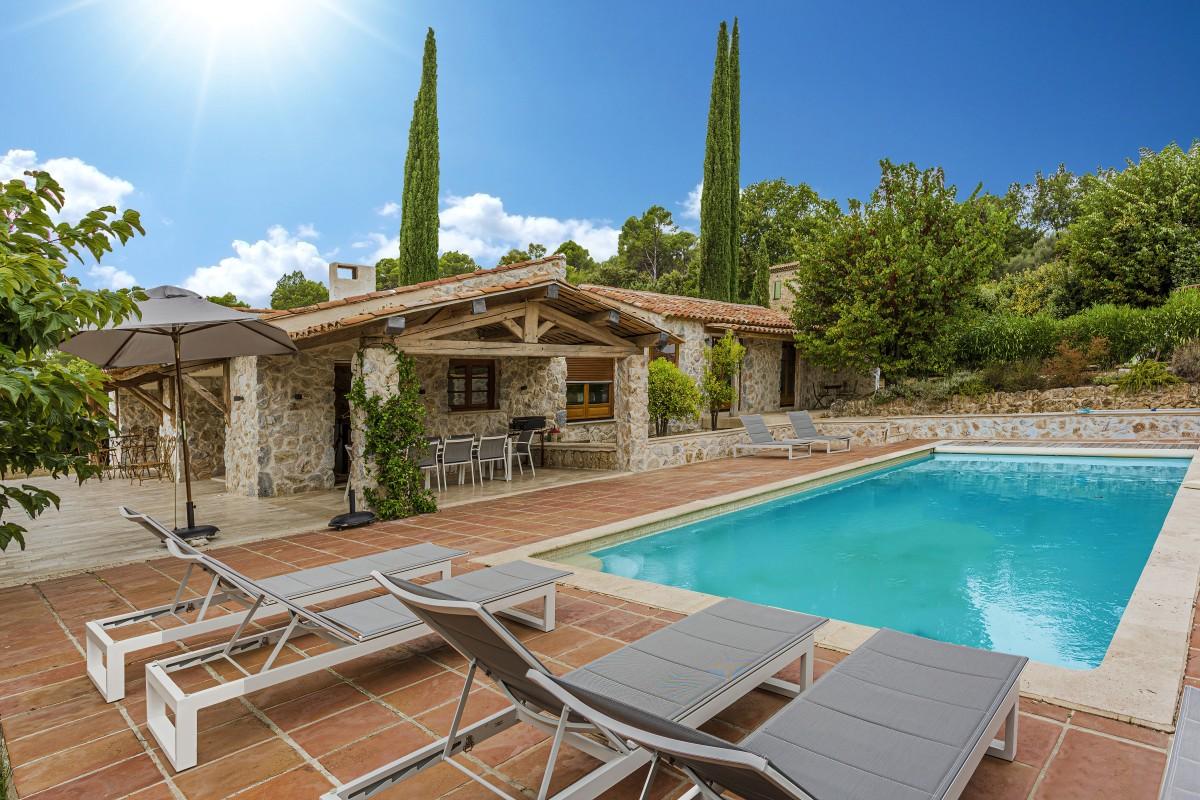 Zwembad van Villa La Douce Vince